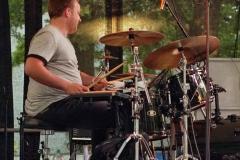 006  Drummer Raphi_ Foto: Uwe Lestikow